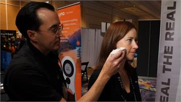 年度CES消費電子展有亮點!美容儀讓皮膚斑點瞬間消失