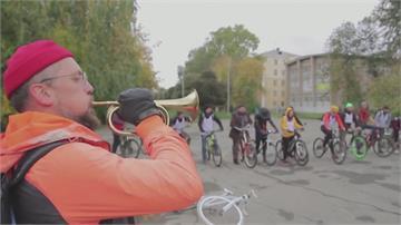 單車運動結合酒吧文化 冠軍得主「喝得快」勝出