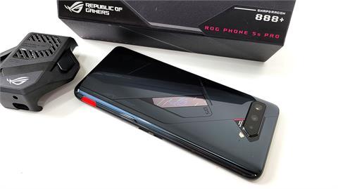 恐為地表最強?知名科技廠推出專屬電競安卓手機 豪華規格不藏私開箱評測