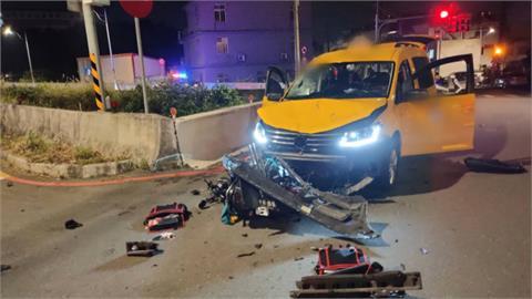 無照騎車計程車碰撞拋飛圳溝 兩高中生一死一失蹤