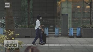 視障女工程師致力無障礙科技 研發導盲行李箱