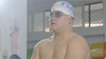 「水中鋼鐵人」參加鐵人三項 胡瓜特別拍片打氣