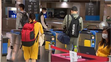 雙鐵擬開放站票 陳時中:反對
