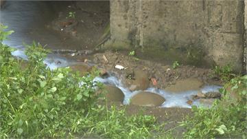 高雄污水廠竟排大量廢水?環保局:瞬間強降雨