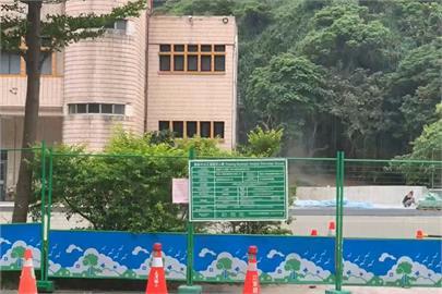 快新聞/基隆某國小操場PU跑道施工使用甲苯 學童吸入胸悶不適送醫救治