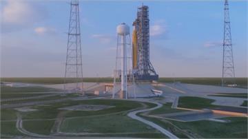 NASA女太空人登月計劃  火箭推進器沙漠裡「噴火」