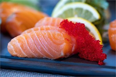 想買到「尚青ㄟ」生魚片?食藥署揭新鮮關鍵:紅肉看顏色、白肉重肉質
