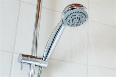 中部停水!他推出租浴室「洗澡1次50元」 網友傻眼諷:全新產業