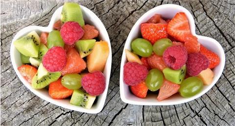 怕曬太陽想美白?維他命C吃起來 「20款水果」排行揭曉