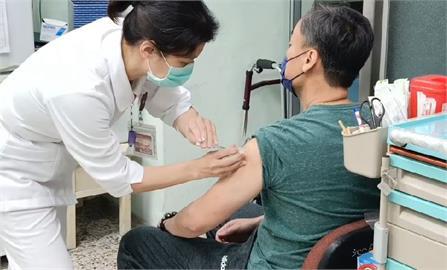 快新聞/211例疫苗不良事件「2件申請救濟」 莊人祥:約審議6個月才有結果