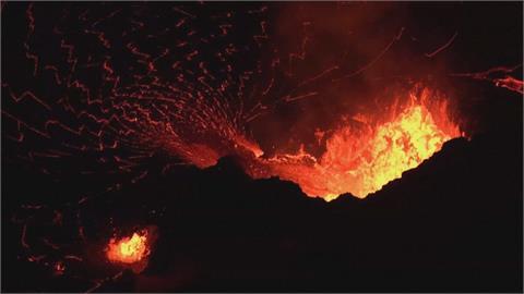 宛如末日!岩漿濺起濃煙直竄 全球火山噴不停