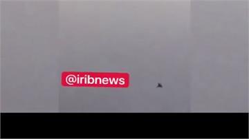 美F-15突逼近!伊朗客機猛晃 乘客撞頭嚇壞