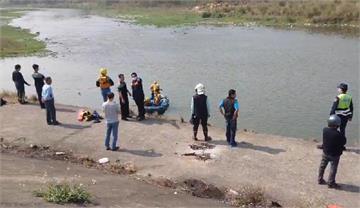 快新聞/釣客突墜貓羅溪失蹤 消防出動橡皮艇搶救仍未尋獲