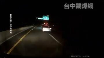 國道六號尬車害2車翻覆5人傷 安全帶救命