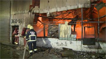 泰山餐廳用品工廠火警!隔壁名車倉庫險遭殃