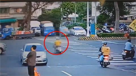 婦騎車闖紅燈穿越馬路 不慎遭轎車高速撞飛身亡
