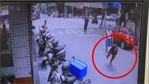 買毒遇警拔腿就跑 通緝犯自摔與警展開肉搏戰