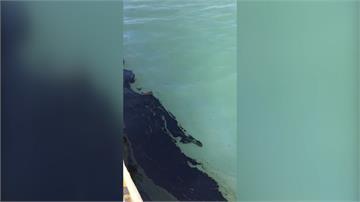 疑排水箱涵破裂 台中港碼頭大漏油