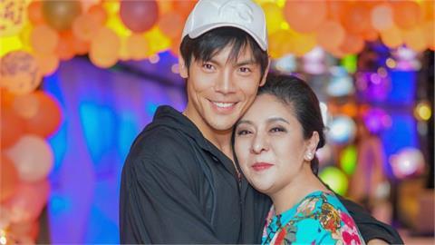 向太母子親中「7驚句」!我有一顆中國心、出生地在台灣被全世界恥笑