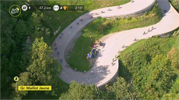 馬克宏親臨環法自行車賽終點迎接分站冠軍