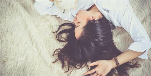 悄然無息而來的倦怠感,不明就裡的我們不必心慌,5 個習慣祛除身體濕氣,找回失去的活力