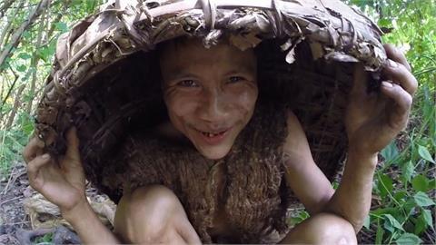 他隱居叢林41年「不知有女人」!「越南泰山」下山8年肝癌病逝