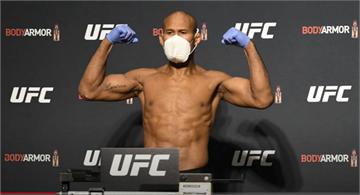 賽前一天選手確診 UFC格鬥賽仍舊復賽