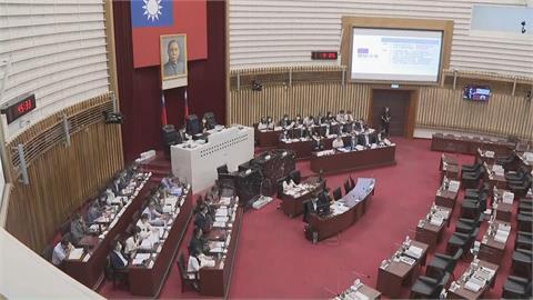 防疫優先! 台南議會停 高市藍綠黨傾向延會