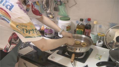 疫情衝擊居家陪小孩!原本廚藝不及格 現十八般武藝樣樣精通