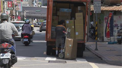 送包裹還被當「感染源」!物流士無奈嘆:心好累