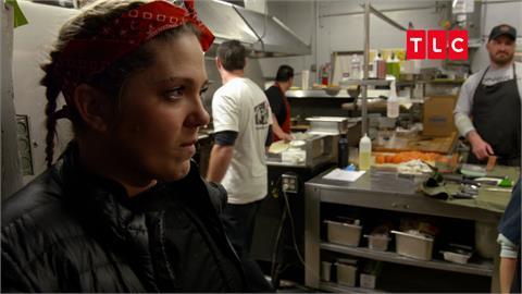 漢堡蘸汁有渣還有刷子味?美式餐廳瀕臨倒閉 猛廚48小時改造成功翻轉