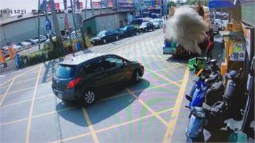 彷如手榴彈爆開!  香灰直接丟垃圾車 粉塵爆炸嚇壞清潔隊