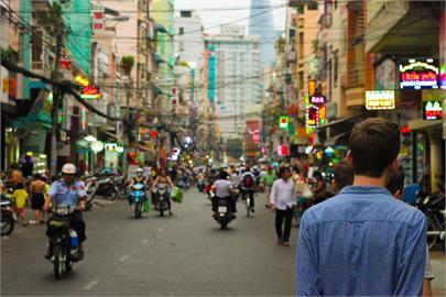快新聞/泰國4階段開放 11月起完整接種2劑疫苗者入境曼谷免隔離