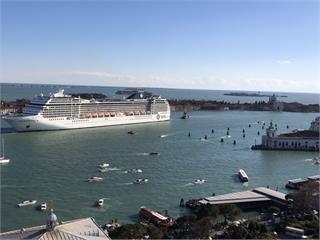 快新聞/確診男子曾搭乘! 歐洲郵輪「MSC Opera」2千乘客滯留海上