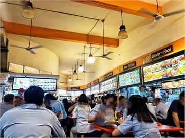 新加坡放寬餐廳內用一桌最多5人 民眾:超級開心
