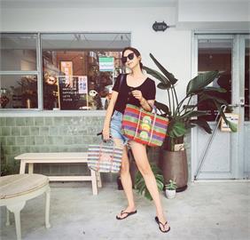 女明星逛市場畫面太美!莫允雯出門最重要小事 帶一個大環保袋可省下數十個塑膠袋