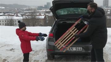 立陶宛租車附帶雪橇 疫情下開車找人少地方玩
