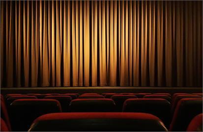 快新聞/電影院、表演場館不用間隔座! 可現場購票了
