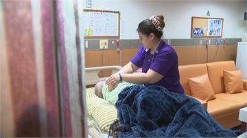 喘息服務12月放寬 外籍看護請假就能申請
