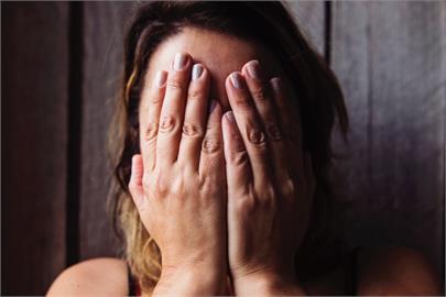 買房要跟公婆住同棟不同層!「吵到快離婚」人妻1秒崩潰:我錯了嗎?