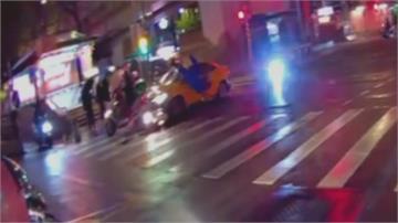 台北火車站旁計程車失控暴衝300米 闖紅燈撞飛6車11傷 原因待查...
