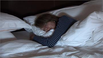 明明是白天卻昏昏欲睡?恐是阿茲海默初期症狀