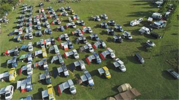帶頭違法?武陵農場開放露營車隊霸占草原 恐吃3000元罰單
