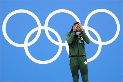 南非女泳將勇奪奧運金牌 15年苦練就為2分18秒