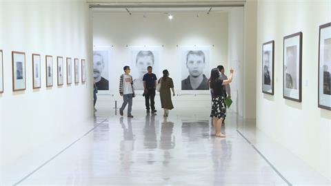 德攝影大師「中國樣板畫」 台灣首展別具意義