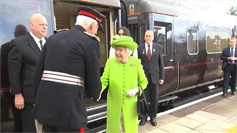 白金漢宮:英女王伊莉莎白二世住院一晚接受預防性檢查