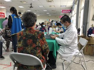 快新聞/台北仁濟院二度赴澎湖義診 攜各式醫療儀器為離島民眾診療