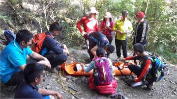 男子滑落山坡多處撕裂傷 救難隊花5小時救援