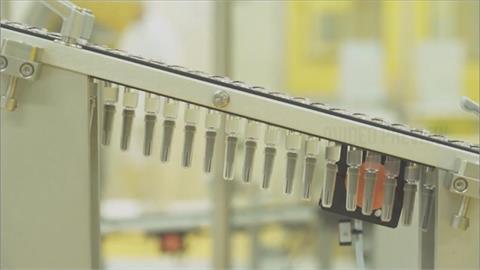 快新聞/高端疫苗來了!8萬6910劑力拼今晚封緘完成 後續配發供民眾接種