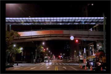 台北變得「不一樣」!信義區現繽紛彩色空橋
